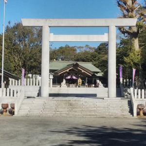 鵠沼皇大神宮から白旗神社へ