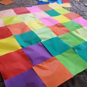 折り鶴名人、巨大折り鶴を作る