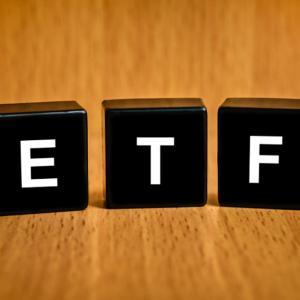 VOOのETF純資産総額がVTIを抜きS&P500の強さを実感
