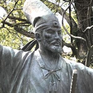 加藤清正(石曳きの像・名古屋城二の丸・桜満開編)