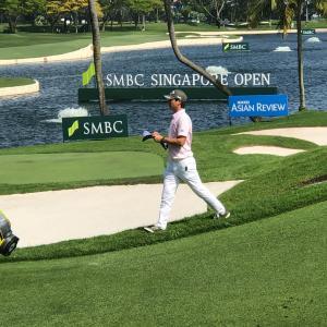 SMBCゴルフとサロンパス