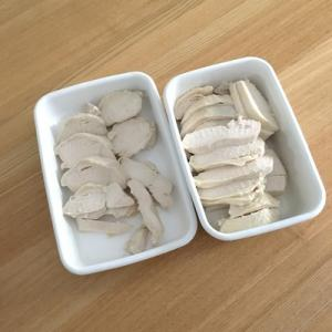作っておくと色々便利。鶏むね肉のしっとり蒸し(ヘルシオ)