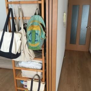 【無印良品】子供のダウンコート&保育園バッグ、ママバッグは「引っ掛け収納」