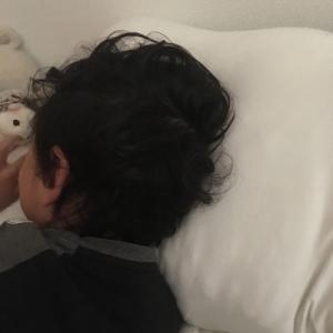 子供を何時に寝かせるか問題