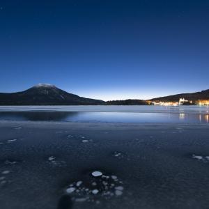 冬の阿寒湖は夜も昼も楽しめる