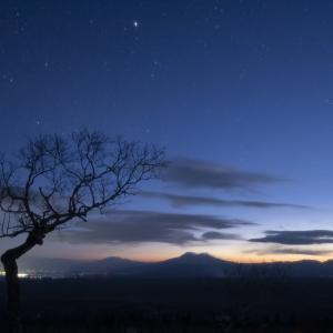 藻琴山から見る冬の星空