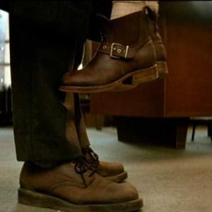 レオンでジャンレノが履いてた靴