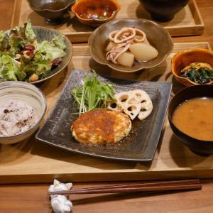 豆腐ハンバーグの晩ご飯