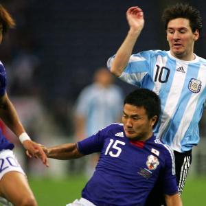 """【元日本代表】なぜアルゼンチンに勝てた? 元日本代表DFが実感した""""メッシ依存""""「暗黙のルールを感じた」"""