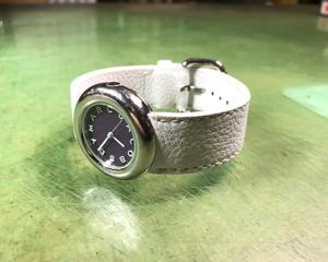 マークジェイコブス 時計ベルト制作、取り付け