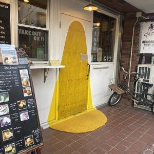 CAFE奥原商店@名物スモークサバサンド 使い勝手の良さそうなオシャレなコーヒーショップ。