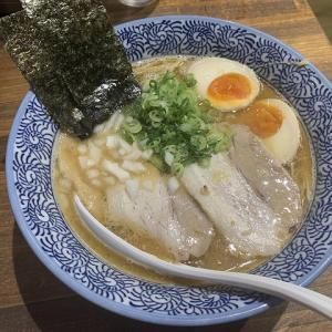 麺匠 海岑(うみぎん)@濃厚煮干し中華そば 8/17ニューオープン 煮干し出汁と鶏白湯スープのバランスが素晴らしい。