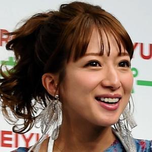 Q「辻希美の夫が台風後に帰宅したとアップしたら叩かれました。さて、なぜでしょう」