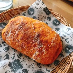 おうちパン講座☆トマトドデカパン&枝豆コーンパン