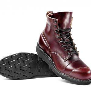 世界最高峰のブーツ【ホワイツ】とハーレーパーツの【RSD】がコラボ!バイク乗りの為にカスタム!?