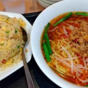 台湾ラーメンの昼ごはん