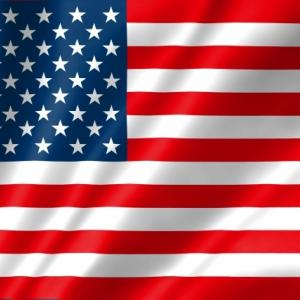 米国で大型の経済対策法案が成立しました