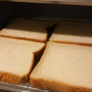 食パンが4枚焼ける、おしゃれな『うまパントースター』ザクザクもっちり美味しく焼けます。