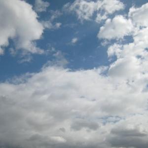 『きょうは冷たい風が吹いて冬の雲になっている』(200223)