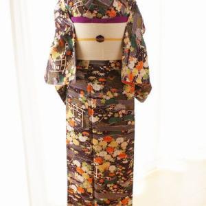 菊に笹…紫色の小紋着物