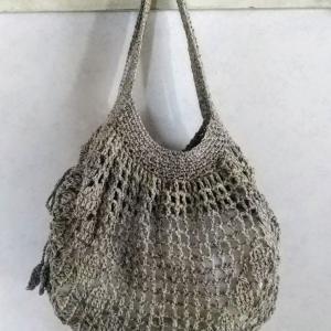 リーフ模様のミニグラニーバッグ