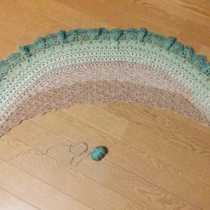 かぎ針編みのショール完成