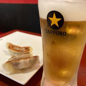 餃子酒場 お子はラーメン 私はビール