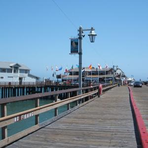 【カリフォルニア州で現存する最古の桟橋】サンタ・バーバラ (Santa Barbara) のスターンズ・ワーフ (Stearns Wharf) (2007年4月25日〜26日)