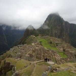 【幻想的な光景】霧に包まれたマチュ・ピチュ (Machu Picchu)