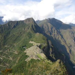【マチュ・ピチュ遺跡を一望できる山】ワイナ・ピチュ (Huayna Picchu)