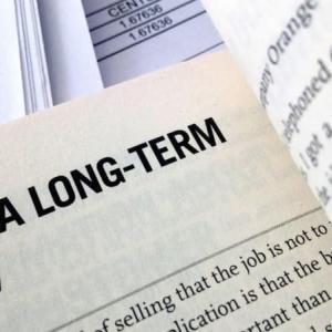 つみたてNISAは長期投資を意識しよう。短期取引はもったいない