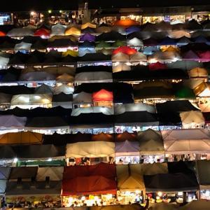 バンコク一人旅の感想あれこれ(8):インスタ映え!タラート・ロットファイ・ラチャダー、ルーフトップバー【旅ラジオ #072】