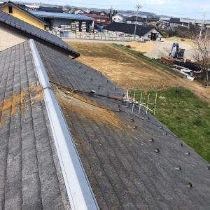 石川県加賀市で春一番の強風でアンテナが倒れてしまった。