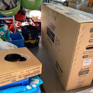 石川県加賀市 テレビ配線の無い部屋に三菱のオールインワンテレビを設置