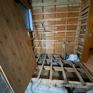 石川県小松市 浴室、脱衣室の暖かシステムバスリフォーム工事5日目
