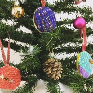 さをり織りオーナメント@手づくりクリスマスマーケット