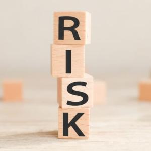 株式投資のリスクを理解していますか?3つのリスクと対応策を解説