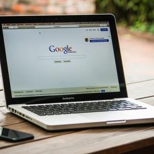 Googleアップデートで検索順位が大変動。そんな時どうする?
