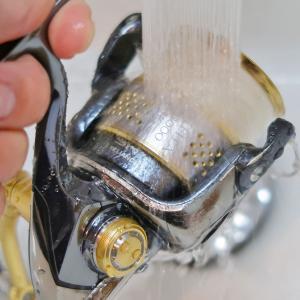 使用後の釣り竿とリールの洗い方