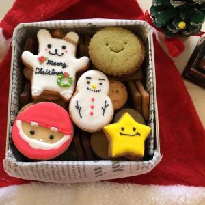 今年のクリスマスパーティは、このクッキー缶で決まり!!