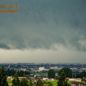 豪雨を起こす雲、様々な変化と稲妻を入善町で見た!