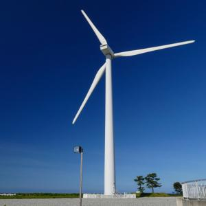強風に「風車」も勢い付く!入善浄化センター風力発電設備