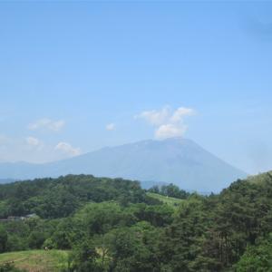 今日の岩手山と南昌山方面
