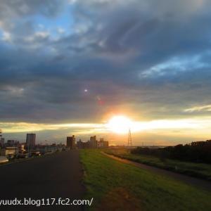 夕焼けに目が釘付け!【荒川右岸・西新井橋~扇大橋】