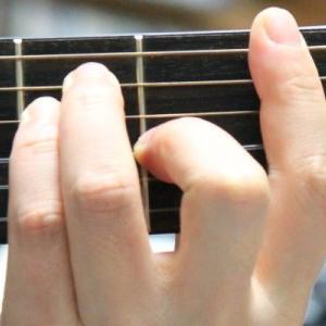 ギターでFコードは簡単!指の押さえ方のコツを暴露!