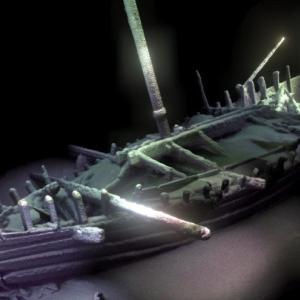 【古代文明の謎】本物のノアの箱舟を発見か?黒海から超巨大な木造船が見つかる