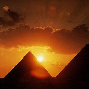 【古代エジプト王】ラムセス2世の胸像をギザ近郊で発見
