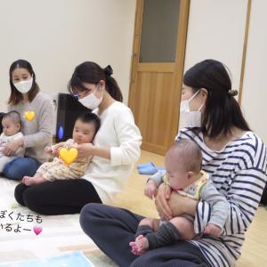 赤ちゃんのご機嫌な時間を多くするには?のヒミツはタッチケアです^^