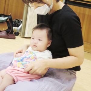 ミラーリング効果で赤ちゃんが泣き止む!?