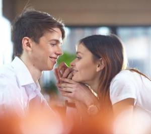 大好きな彼があなたを一番に愛してくれる秘密の方法